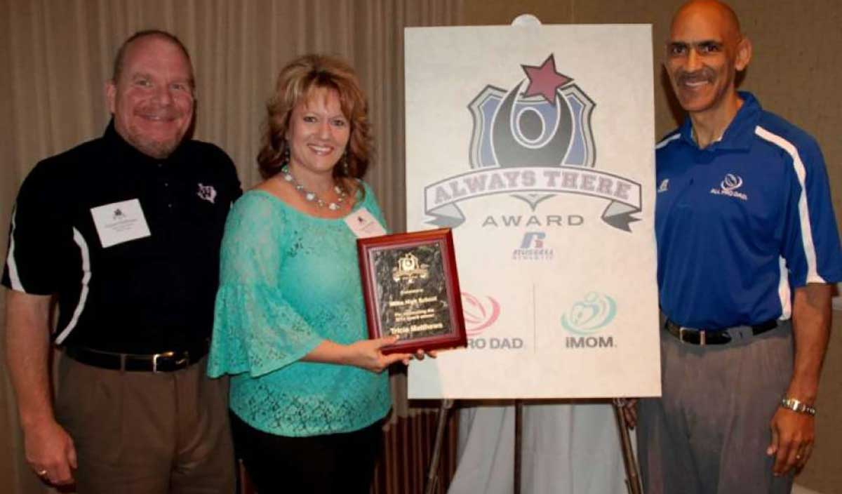 "Russell Athletic and All Pro Dad Name Four Winners for the 2014 ""Always There Award"""