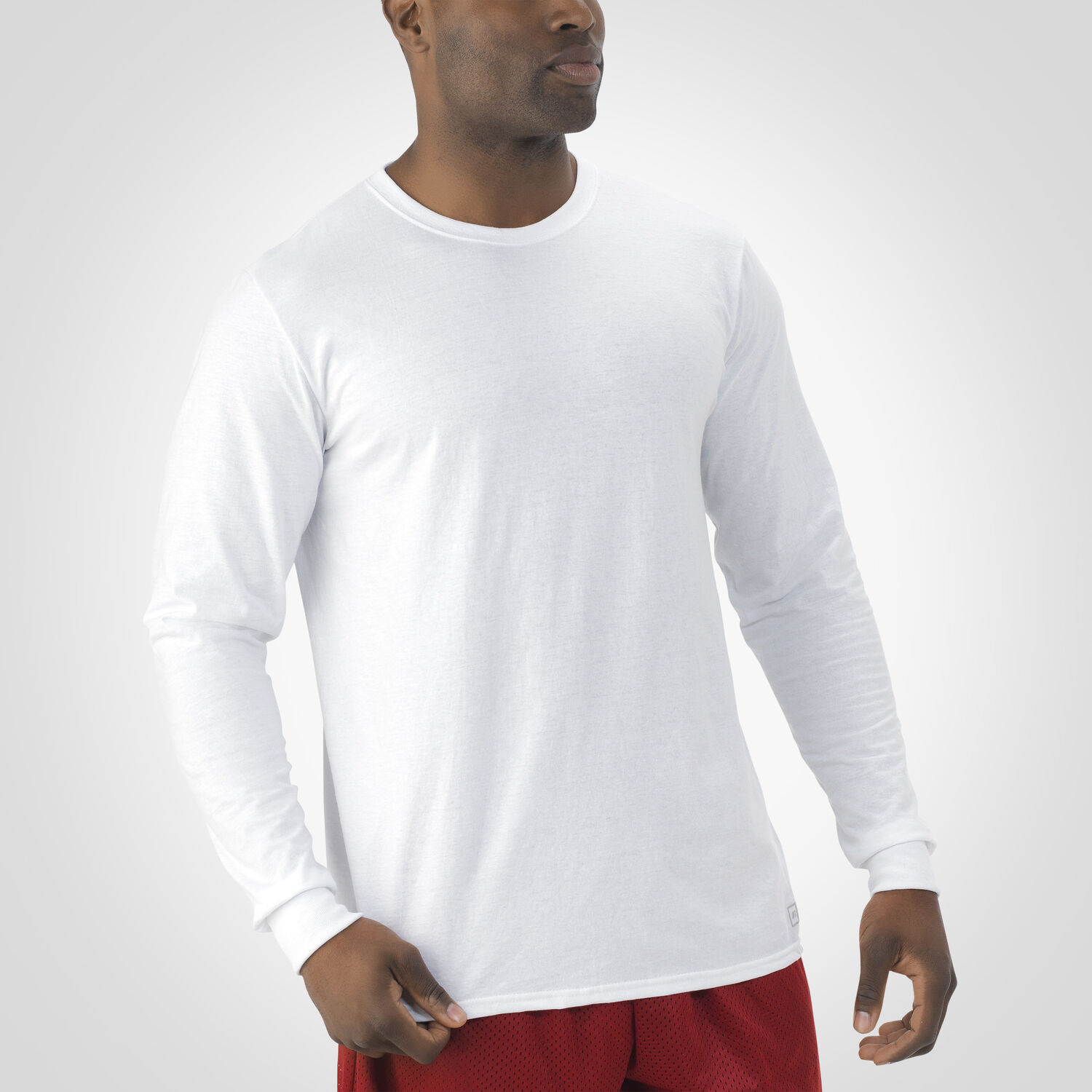 Men 39 s essential long sleeve tee russell us russell for Mens long sleeve white t shirt