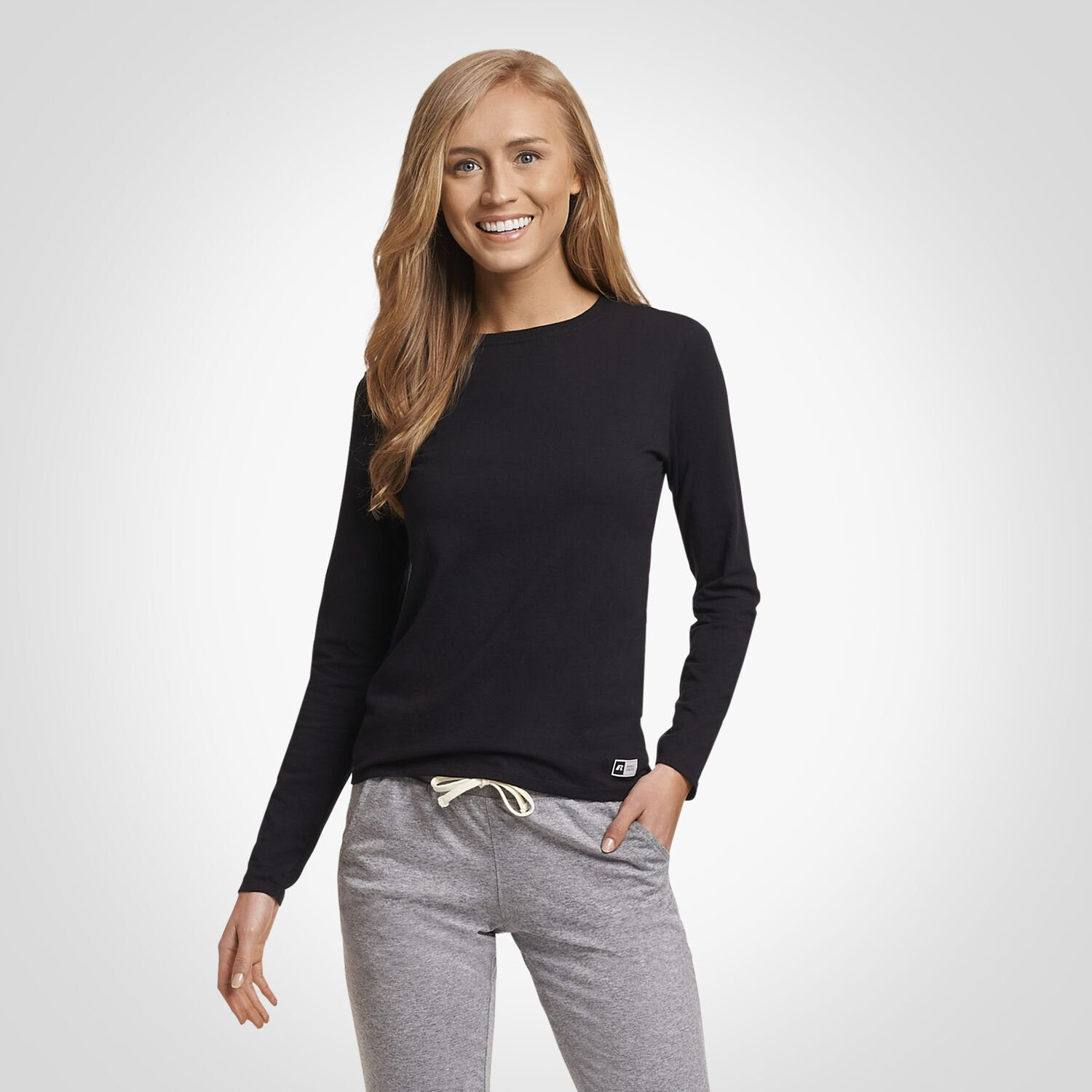 9caefeba Women's Essential Long Sleeve Tee - Russell US | Russell Athletic